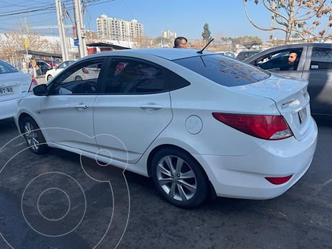 Hyundai Accent 1.4 GL Ac usado (2017) color Blanco precio $9.500.000