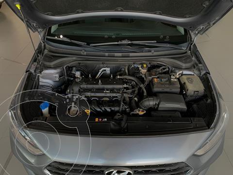 Hyundai Accent HB GL Mid Aut usado (2019) color Gris precio $210,000