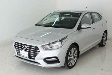 Hyundai Accent HB GLS Aut usado (2019) color Plata precio $279,000