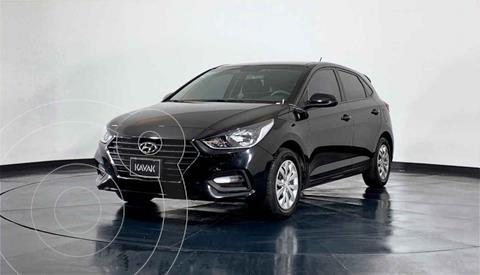 foto Hyundai Accent GL usado (2020) color Blanco precio $241,999