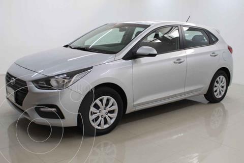 Hyundai Accent HB GL Aut usado (2020) color Plata precio $235,000