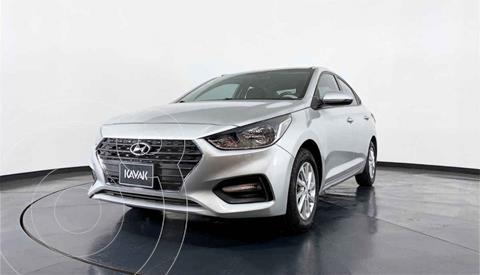 Hyundai Accent GL Mid usado (2018) color Plata precio $212,999