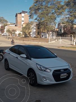 Hyundai Accent 1.4L GL Aut usado (2020) color Blanco precio u$s12,700