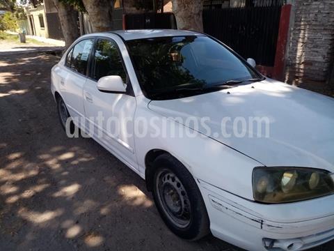Hyundai Elantra GLS 1.6 Full  usado (2005) color Blanco precio $2.300.000