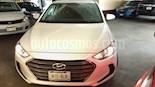 Foto venta Auto usado Hyundai Elantra GLS (2017) color Blanco precio $200,000