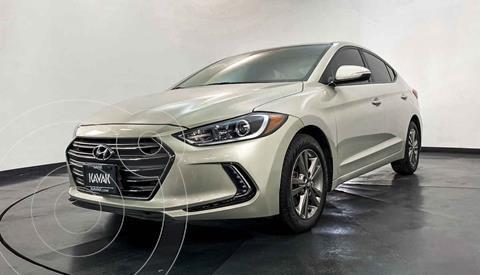 Hyundai Elantra GLS Premium Aut usado (2017) color Dorado precio $232,999