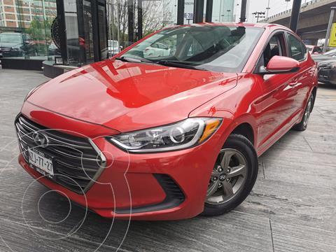 Hyundai Elantra GLS usado (2017) color Rojo precio $204,000