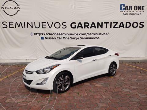 Hyundai Elantra Limited Tech Aut usado (2015) color Blanco precio $182,000