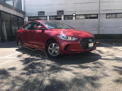 Hyundai Elantra GLS usado (2017) color Rojo precio $198,000