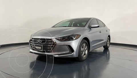 Hyundai Elantra GLS usado (2017) color Plata precio $204,999