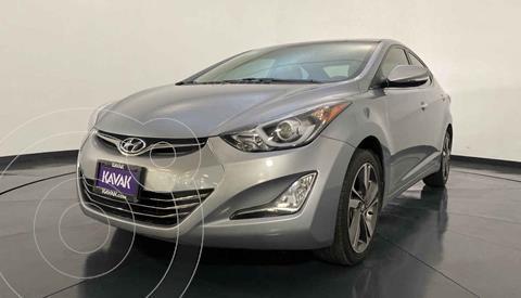 Hyundai Elantra Limited Tech Aut usado (2015) color Gris precio $194,999