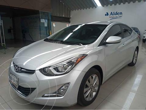 Hyundai Elantra GLS Premium Aut usado (2015) color Plata precio $175,000