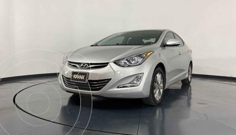 Hyundai Elantra Limited Tech Navi Aut usado (2015) color Plata precio $194,999