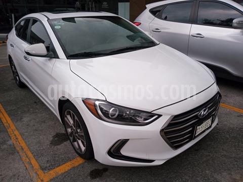 Hyundai Elantra Limited Tech Navi Aut usado (2017) color Blanco precio $230,000