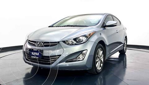 Hyundai Elantra Limited Tech Navi Aut usado (2015) color Gris precio $187,999
