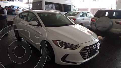 foto Hyundai Elantra GLS Premium usado (2018) color Blanco precio $249,000