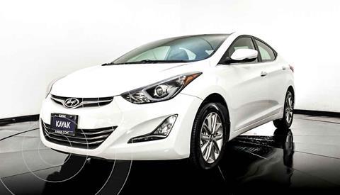 Hyundai Elantra Limited Tech Navi Aut usado (2015) color Blanco precio $174,999