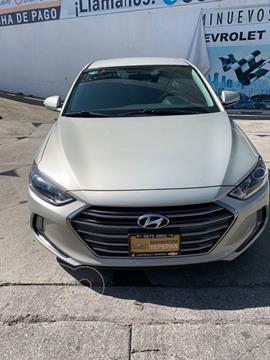Hyundai Elantra GLS Premium usado (2018) color Dorado precio $239,900