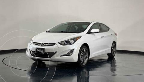 Hyundai Elantra Limited Tech Aut usado (2015) color Blanco precio $221,999