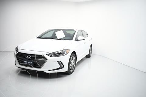 Hyundai Elantra Limited Tech Navi  usado (2017) color Gris precio $231,717