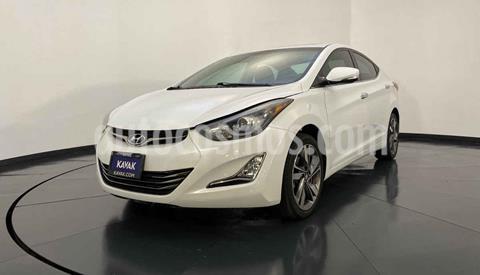 Hyundai Elantra Limited Tech Aut usado (2015) color Blanco precio $192,999