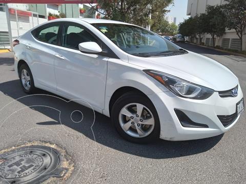Hyundai Elantra GLS Aut usado (2015) color Blanco precio $160,000