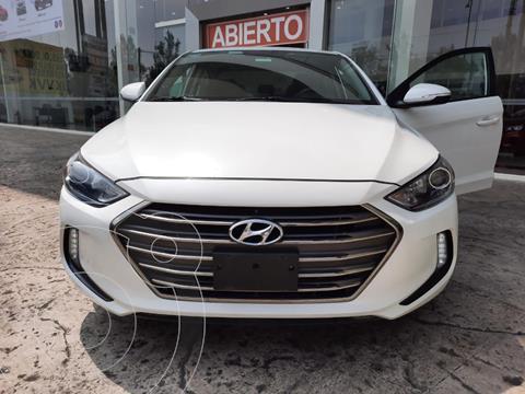 Hyundai Elantra GLS Premium usado (2018) color Blanco precio $255,000