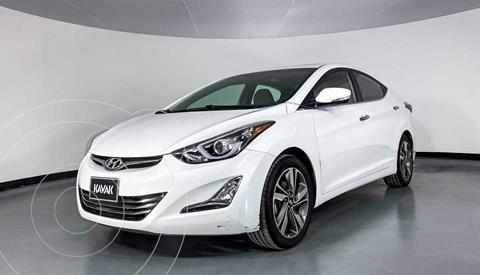 Hyundai Elantra Limited Tech Aut usado (2015) color Blanco precio $199,999