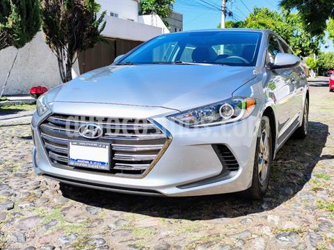 Hyundai Elantra GLS Aut usado (2017) color Gris precio $175,000