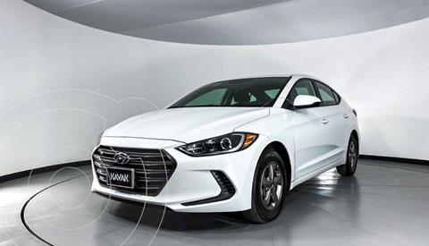 Hyundai Elantra GLS usado (2017) color Blanco precio $204,999
