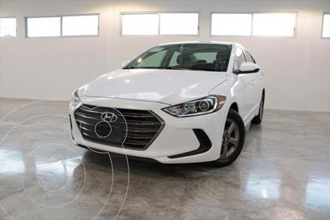 Hyundai Elantra GLS 2.0L L4 150HP AT usado (2018) color Blanco precio $235,000