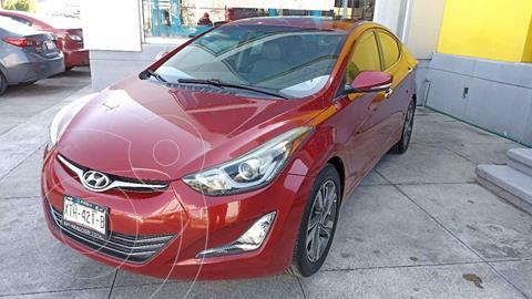 Hyundai Elantra Limited Tech Aut usado (2015) color Rojo precio $207,000