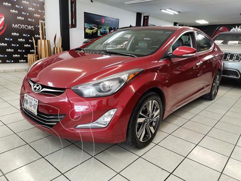 Hyundai Elantra Limited Tech Aut usado (2015) color Rojo precio $179,000