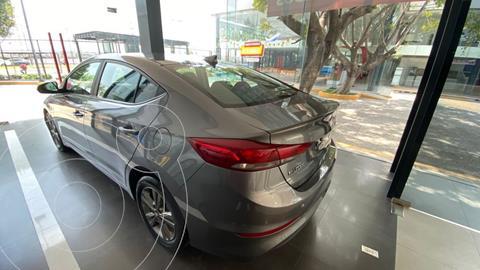 Hyundai Elantra GLS Premium usado (2018) color Gris Oscuro precio $249,900