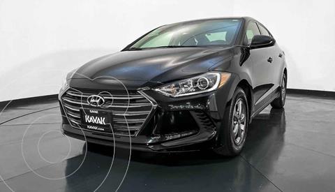 Hyundai Elantra GLS Aut usado (2017) color Negro precio $214,999