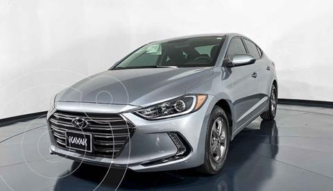 Hyundai Elantra GLS usado (2017) color Plata precio $207,999