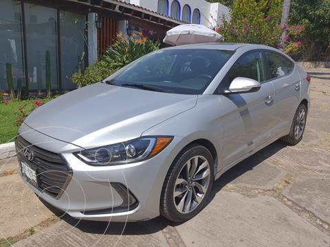 Hyundai Elantra Limited Tech Navi  usado (2018) color Plata precio $270,000