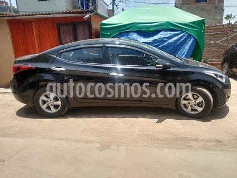 Hyundai Elantra  GL usado (2015) color Negro precio u$s11,500