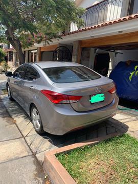 Hyundai Elantra  GLS 1.6L Aut usado (2011) color Plata precio u$s12,500