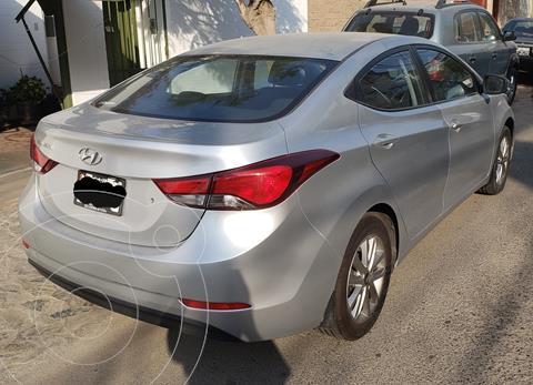 Hyundai Elantra  GLS 1.6L Aut usado (2015) color Plata precio u$s12,500