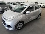 Foto venta Auto usado Hyundai Grand i10 GL MID (2017) color Plata precio $150,000