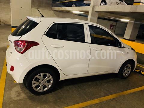 Hyundai Grand i10 GLS Aut usado (2017) color Blanco precio $130,000