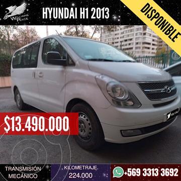 Hyundai H-1 Minibus GLS 2.5 Diesel 10S Ac Plus usado (2013) color Blanco precio $13.490.000