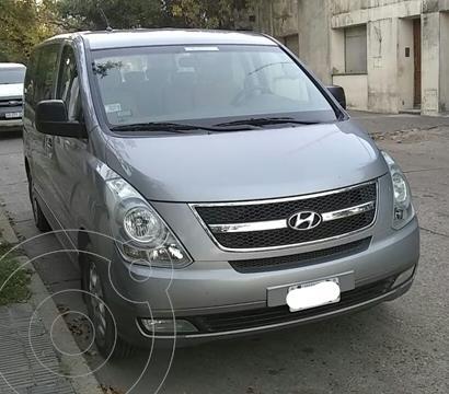 Hyundai H1 Mini Bus 12 Pas. CRDi Full Premium Aut usado (2015) color Gris precio $3.200.000