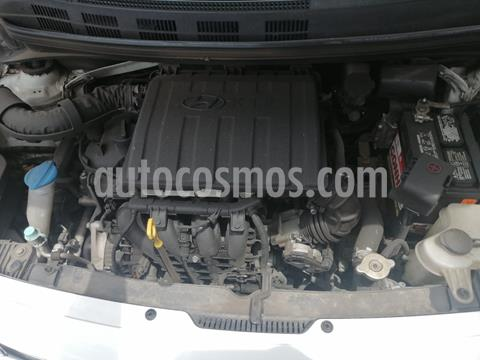 Hyundai Grand i10 Sedan GL MID usado (2017) color Blanco precio $120,000