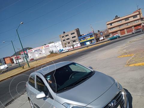 Hyundai Grand i10 Sedan GLS usado (2018) color Plata precio $159,000
