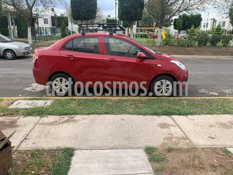 Hyundai Grand i10 Sedan GL MID Aut usado (2017) color Rojo precio $135,000