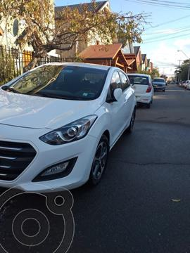 Hyundai i30 1.6L GLS  usado (2016) color Blanco precio $9.500.000