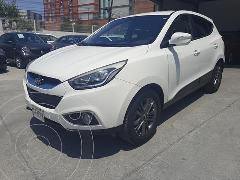 Hyundai ix 35 GLS Premium Aut usado (2015) color Blanco precio $225,000