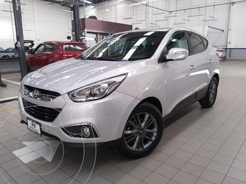 Hyundai ix 35 GLS Premium Aut usado (2015) color Plata Dorado precio $215,000